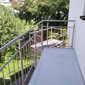 Kvalitní zábradlí na balkóně od Konsorcium-KOVO