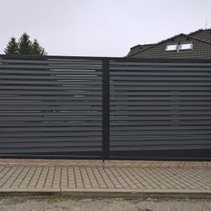 Kovová brána na zakázku od firmy Konsorcium - KOVO